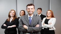 وضعیت استخدام و درآمد مدیر فروش